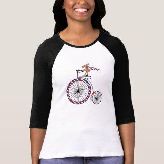 女性のRaglanのTシャツの犬の乗馬のバイク Tシャツ