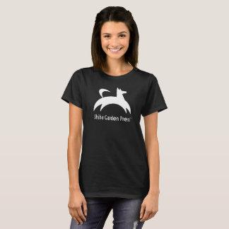 女性のShibaの庭の出版物の基本的なTシャツ Tシャツ