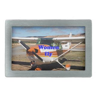 女性は飛びます: 高翼の航空機 長方形ベルトバックル