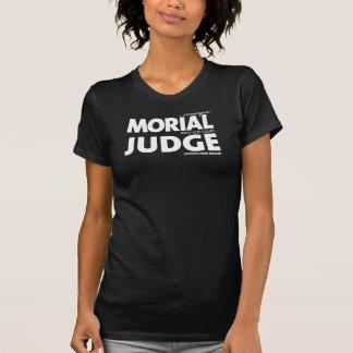 女性はTの白を層にしました Tシャツ