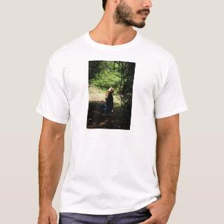 女性を祈ること Tシャツ