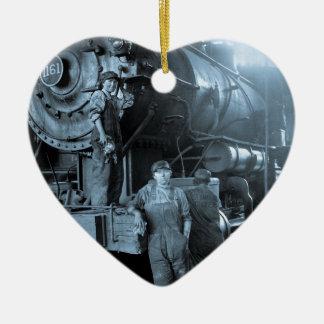 女性円形機関車庫のRosiesのロコモーティブの第1次世界大戦 セラミックオーナメント