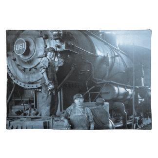 女性円形機関車庫のRosiesのロコモーティブの第1次世界大戦 ランチョンマット