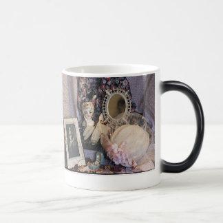 女性思考 モーフィングマグカップ