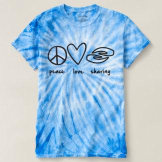 女性絞り染めを共有する平和愛 Tシャツ