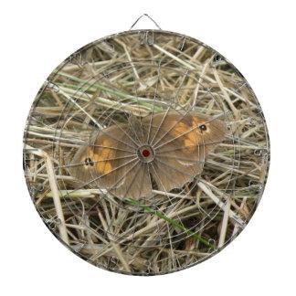 女性草原のブラウンの蝶投げ矢板 ダーツボード
