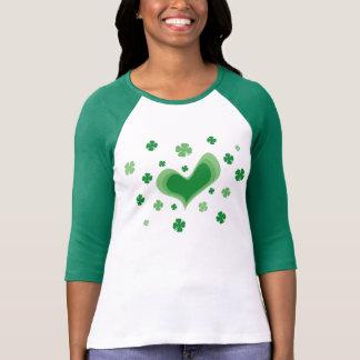 女性|の緑のクローバーのためのSt patricks dayのTシャツ Tシャツ