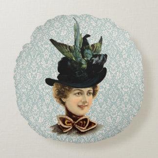 女性#9 (ビクトリアンな時代)のための1899年の帽子 ラウンドクッション