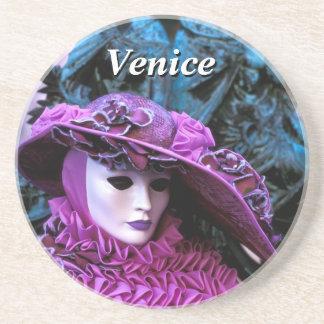 女性With Purple Costumeおよび白いマスク コースター