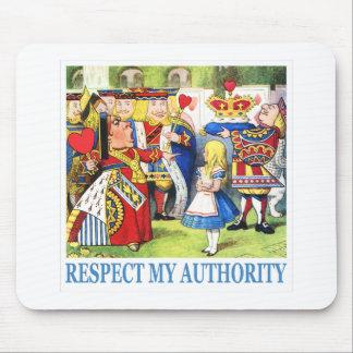 """女王はアリスを言います、""""私の権限を尊重して下さい! """" マウスパッド"""
