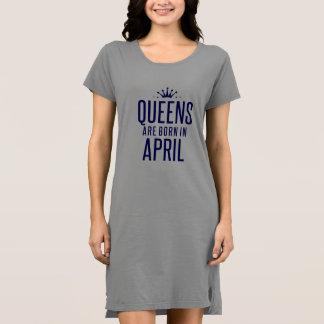 女王は4月のTシャツの服で生まれます ドレス