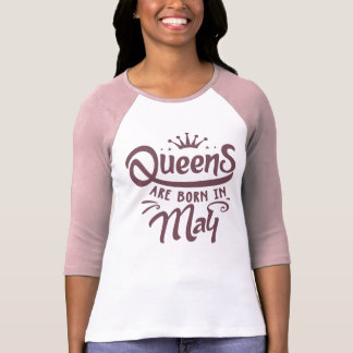 女王は5月3/4日の袖のRaglanのTシャツで生まれます Tシャツ