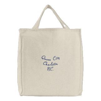 女王都市シャーロット、N.C. 刺繍入りトートバッグ