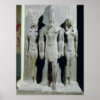 女神HathorとのMenkaureのトライアド ポスター