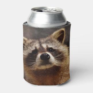 好奇心が強いアライグマ 缶クーラー