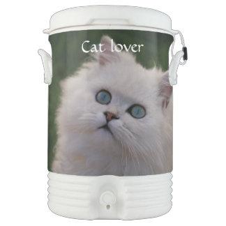 好奇心が強くかわいく白い子ネコ ドリンククーラー