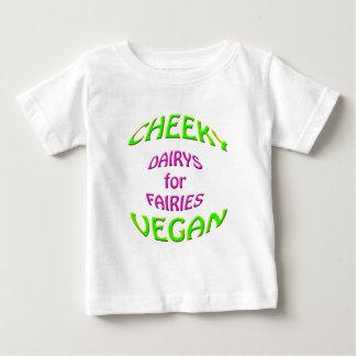 妖精のための生意気なビーガンのdairys ベビーTシャツ