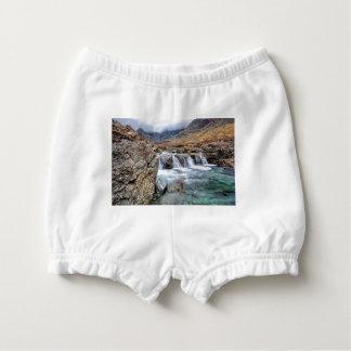 妖精のプール、壊れやすい谷間Skyeの島 おむつカバー
