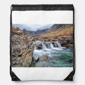 妖精のプール、壊れやすい谷間Skyeの島 ナップサック