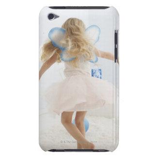 妖精を持つ女の子によって(4-5)は踊りが飛びます Case-Mate iPod TOUCH ケース