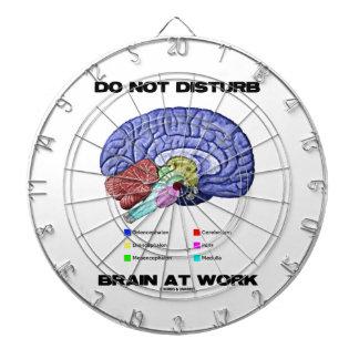 妨げないで下さい仕事(解剖ユーモア)で頭脳を ダーツボード