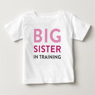 姉のワイシャツ、姉のワイシャツの発表 ベビーTシャツ