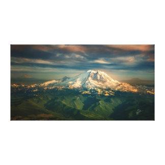 威厳のあるなレーニア山の写真の芸術 キャンバスプリント