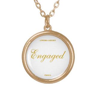 婚約した ゴールドプレートネックレス