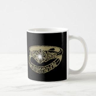 婚約指輪のカスタマイズ可能なデジタル芸術のギフト コーヒーマグカップ