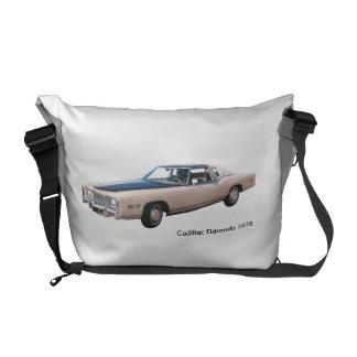 媒体メッセンジャーバッグのためのクラシックな車のイメージ クーリエバッグ