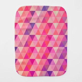 嬉しい色の幾何学的な三角形パターン バープクロス
