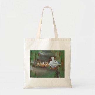 子ガモを持つアヒル トートバッグ