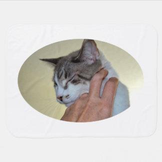 子ネコかわいい猫のデザインを傷付ける手 ベビー ブランケット