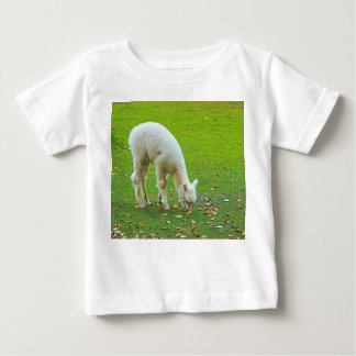 子ヒツジ ベビーTシャツ