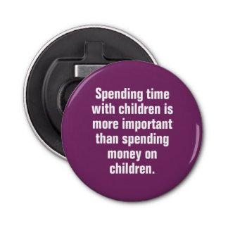 子供との時間を使うことはより重要です 栓抜き