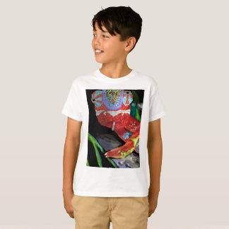 子供のカメレオンのTシャツ Tシャツ