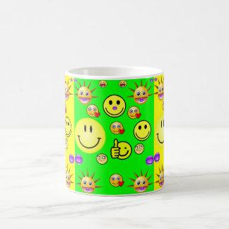 子供のスマイリーフェイスのマグの黄色の背部 コーヒーマグカップ