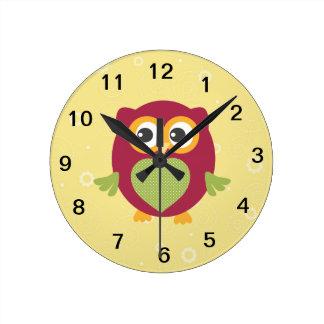 子供のフクロウの時計 壁時計