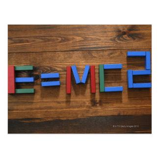 子供のブロックはE=mc2を示すことを整理しました ポストカード