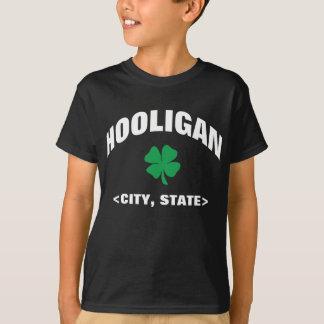 子供の名前入りなアイルランドの不良の黒のTシャツ Tシャツ