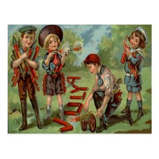 子供の花火の爆竹の大砲 ポストカード