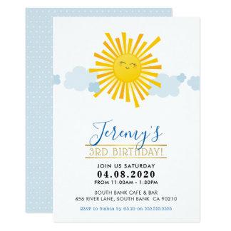子供の誕生日のパーティーの招待のかわいいの微笑の太陽の男の子 カード