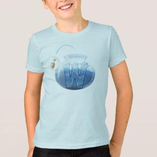 子供の魚ボール水Tシャツ Tシャツ