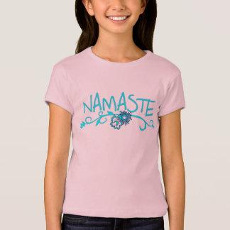 子供へナマステのヨガのTシャツ Tシャツ
