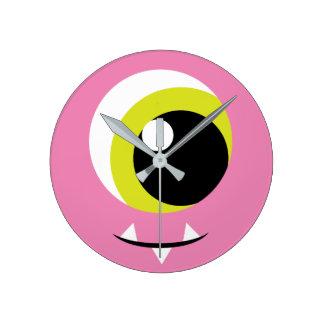 子供へピンクモンスターの目の柱時計 時計