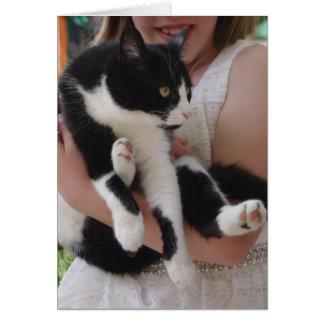子供カードを持つ白黒猫 カード