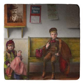 子供-生命は冒険1893年です トリベット