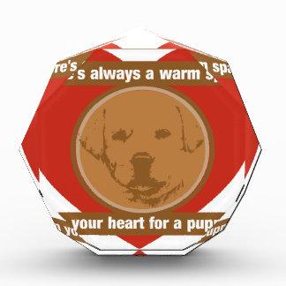 子犬のためのあなたのハートの宇宙を暖めて下さい 表彰盾