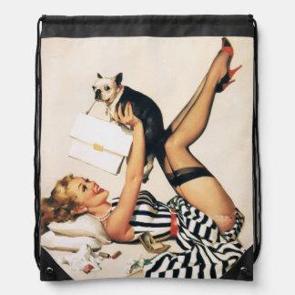 子犬の恋人Pinの女の子-レトロのピンナップの芸術 ナップサック