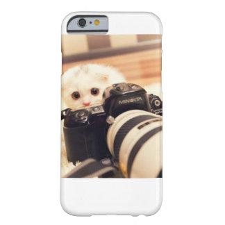 子猫のカメラマン BARELY THERE iPhone 6 ケース